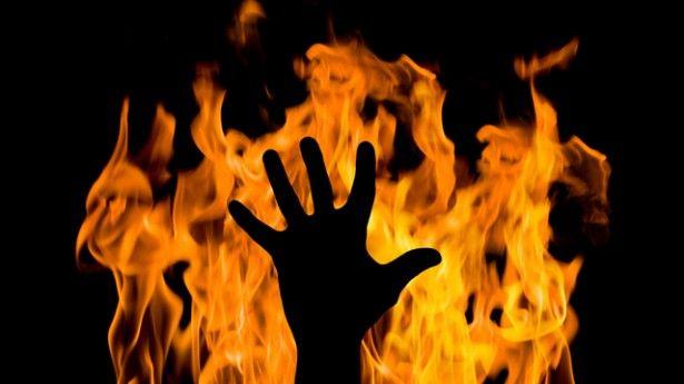 hand_fire_shutterstock_9331514